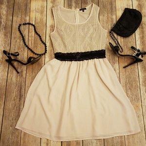 Manteau Ivory & Black Little Dress Medium M